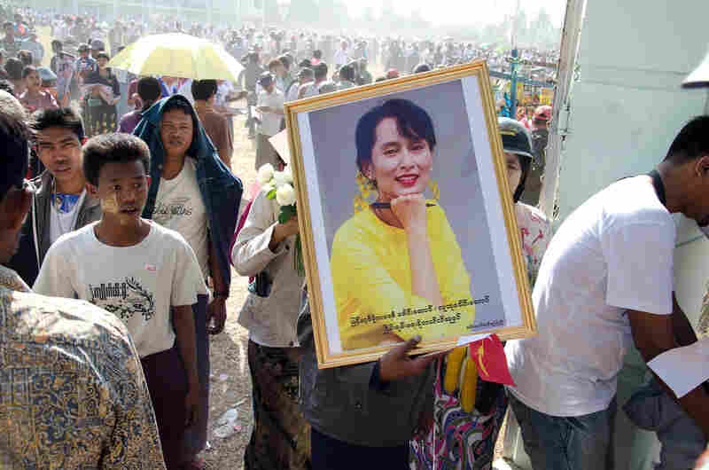 National League for Democracy political rally, Pathein, 2012