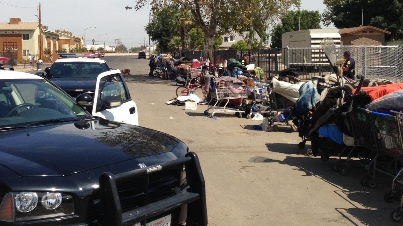 fresno officials dismantle homeless encampments npr