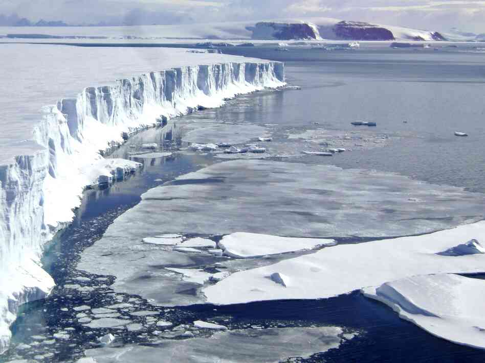 The Larsen B ice shelf on the Antarctic Peninsula, which is among the places where such ice has been breaking off.