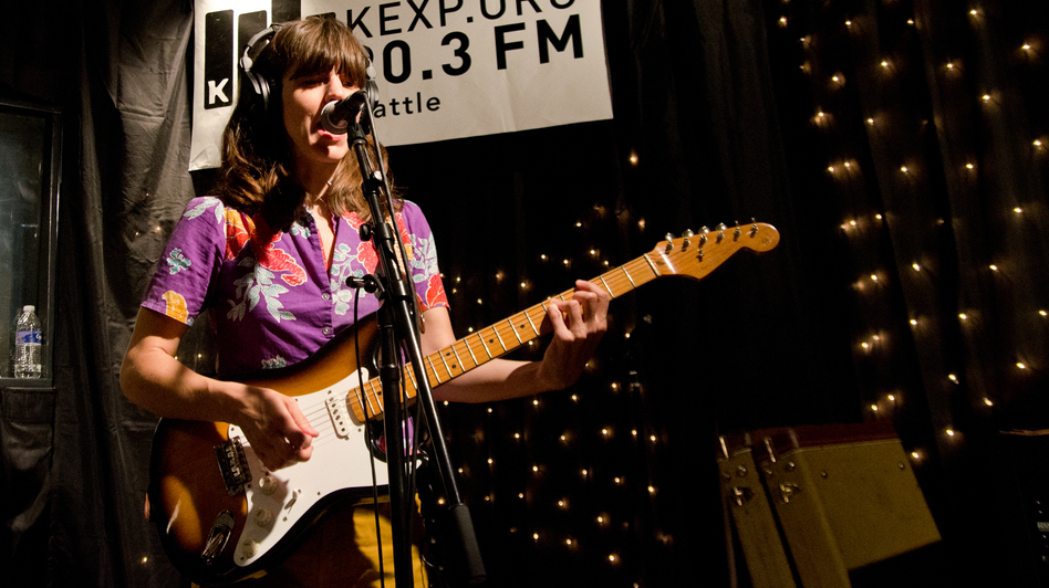 Eleanor Friedberger performs live on KEXP. (KEXP)