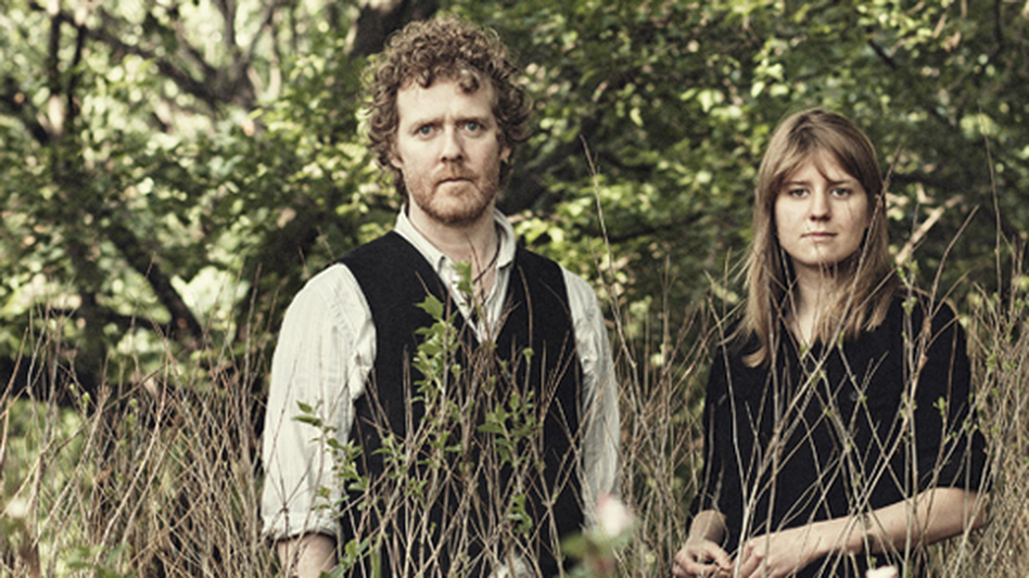 Glen Hansard and Markéta Irglová. (Courtesy of the artist)