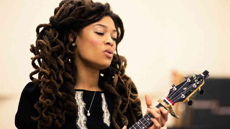 Valerie June.