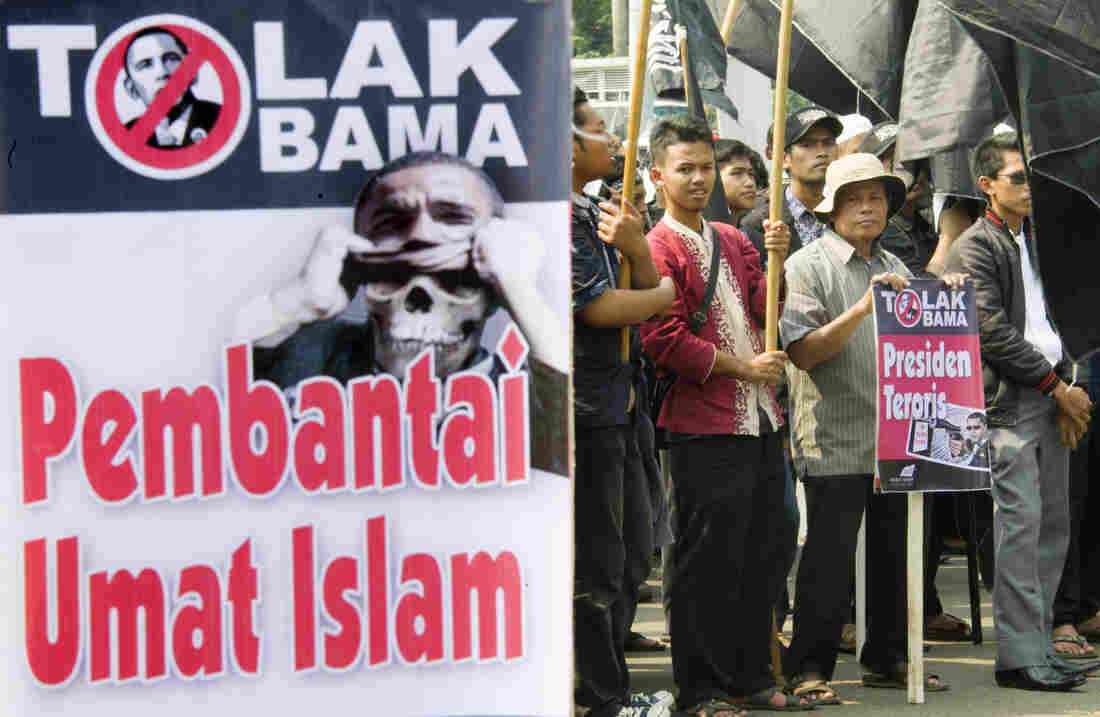Anti-Obama demonstrators in Indonesia will have to hold their protests without him. He cancelled his Asian trip due to the U.S. government shutdown. (Their signs accused him of murdering Muslims.)