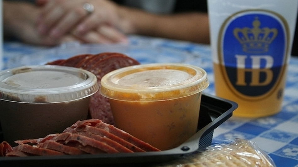 Traditional fare at Bavarian Oktoberfest is heavy on meat, but that's changing as restaurants add more vegan and vegetarian options.