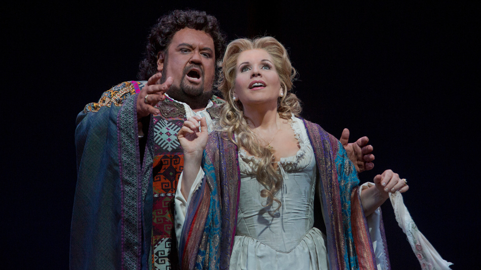Johan Botha as the title character and Renée Fleming as Desdemona in the Metropolitan Opera's fall 2012 run of Verdi's <em>Otello</em>.