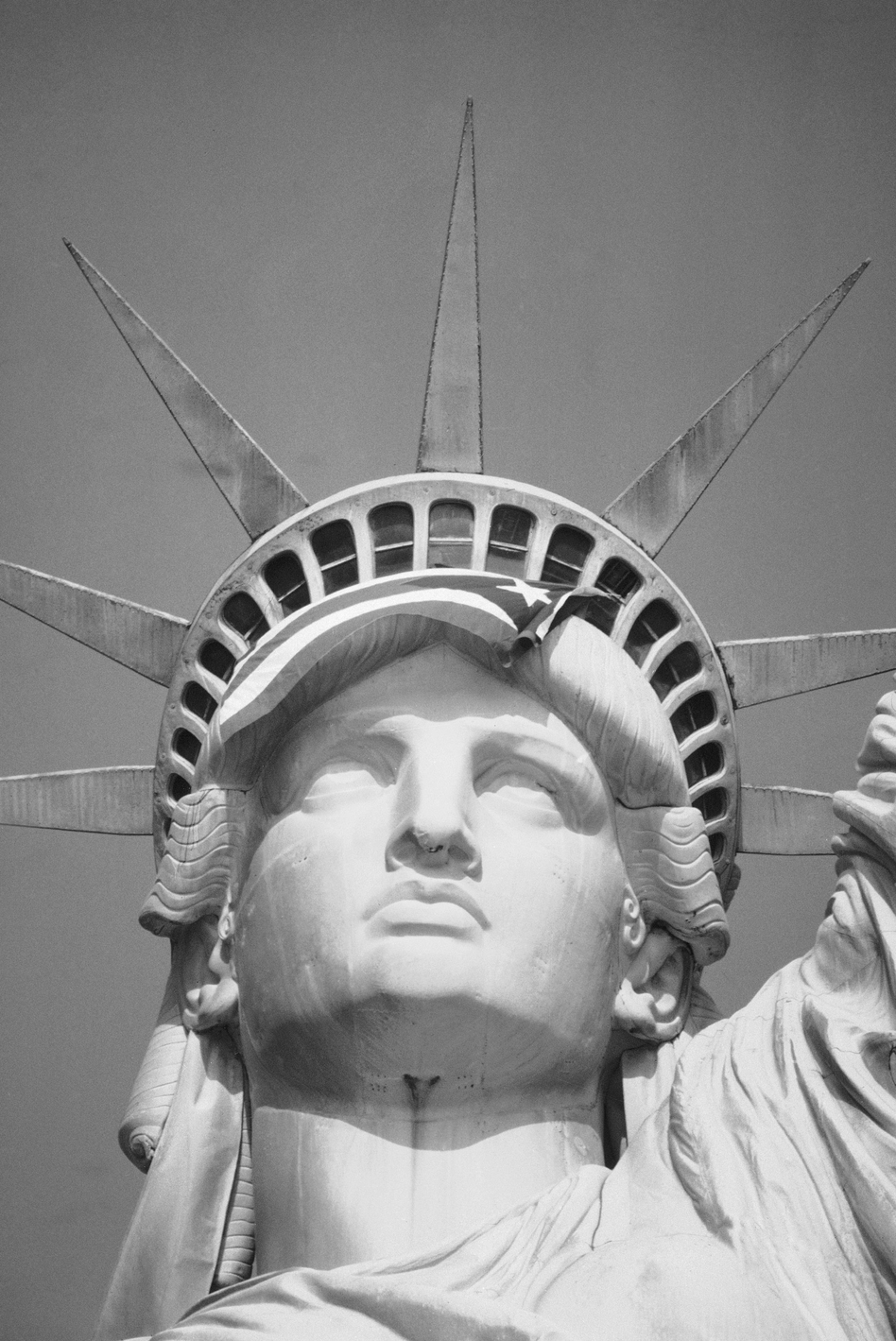 Satatue Of Liberty With Puartarican Flag Tattoo