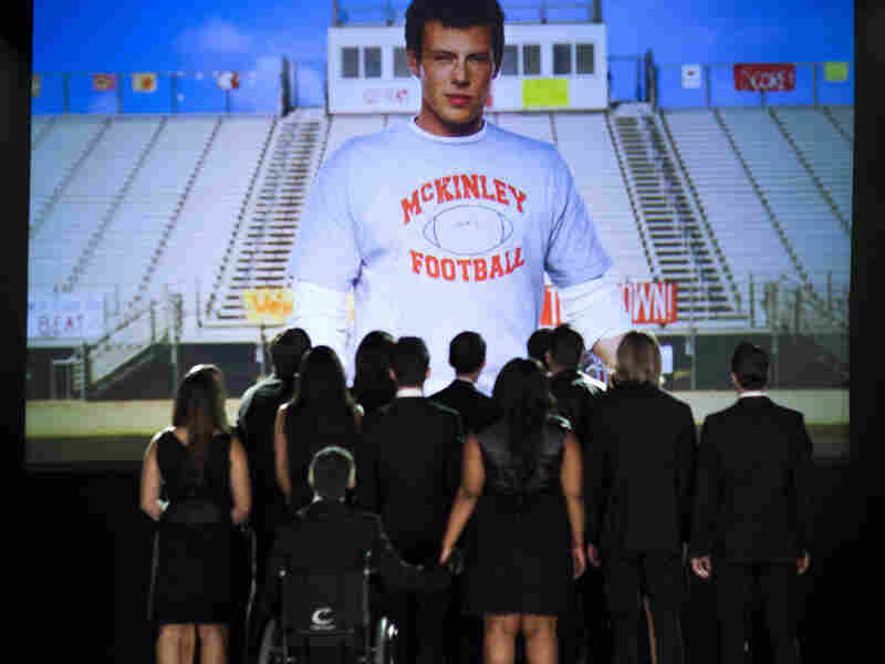 """Glee remembered Cory Monteith in Thursday night's episode, """"The Quarterback."""""""