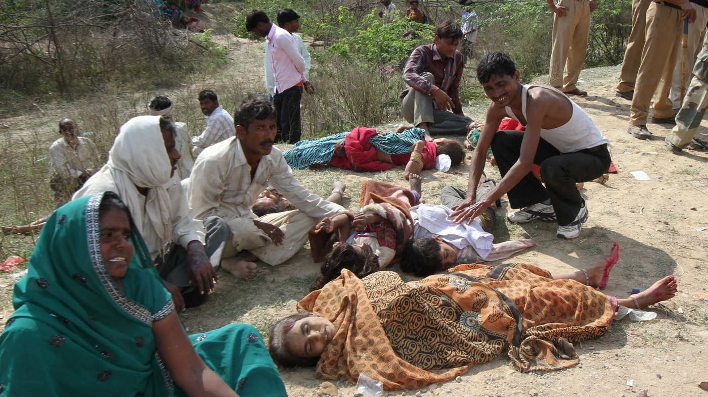 Death Toll In India Temple Stampede Rises Npr