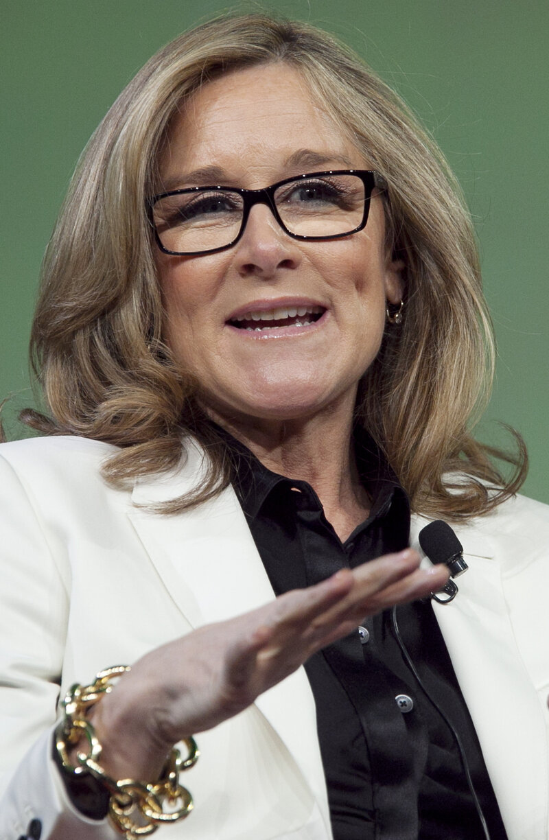 8f434b78c87 Apple Hires Burberry CEO Ahrendts To Head Retail Division : The Two ...