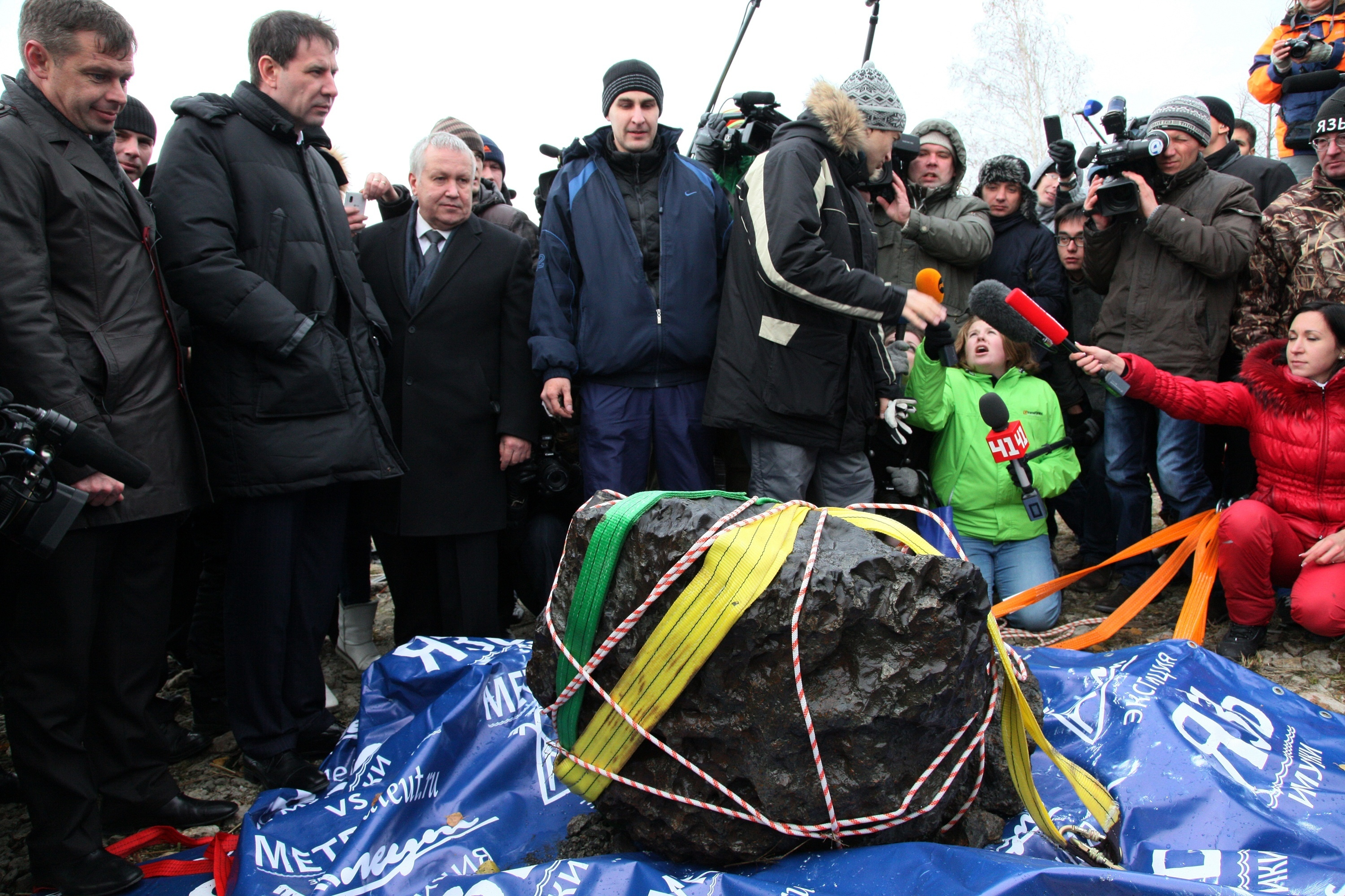 Divers In Russia Dredge Up A Half-Ton Chunk Of Meteorite