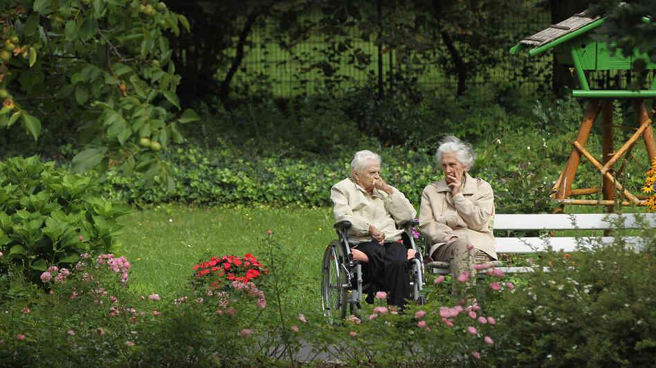 Grandma Exodus German Seniors Look To Poland For Care