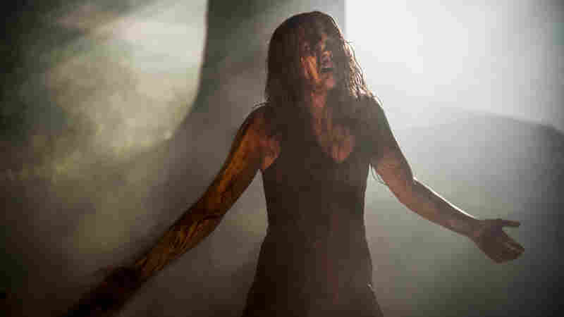 Clip Jobs: 'Carrie,' 'Camille' And One Big Crawly