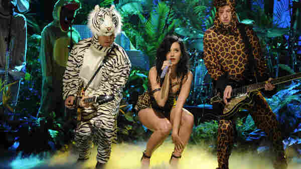 Katy Perry performs on Saturday Night Live.