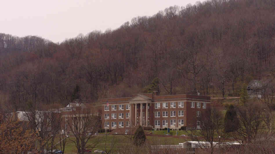 Conley Hall, home of the library and administrative offices of Bluefield State College, phot