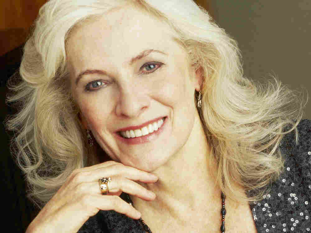 Betty Buckley.
