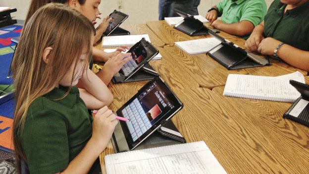 Students at Coachella Valley Unified School District use iPads during a lesson. The district's superintendent is promoting the tablet initiative as a way to individualize learning. (Coachella Valley Unified School District)