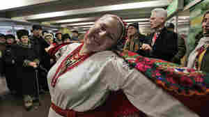 'Just For Fun,' Lively Song And Dance In Kiev Metro Station