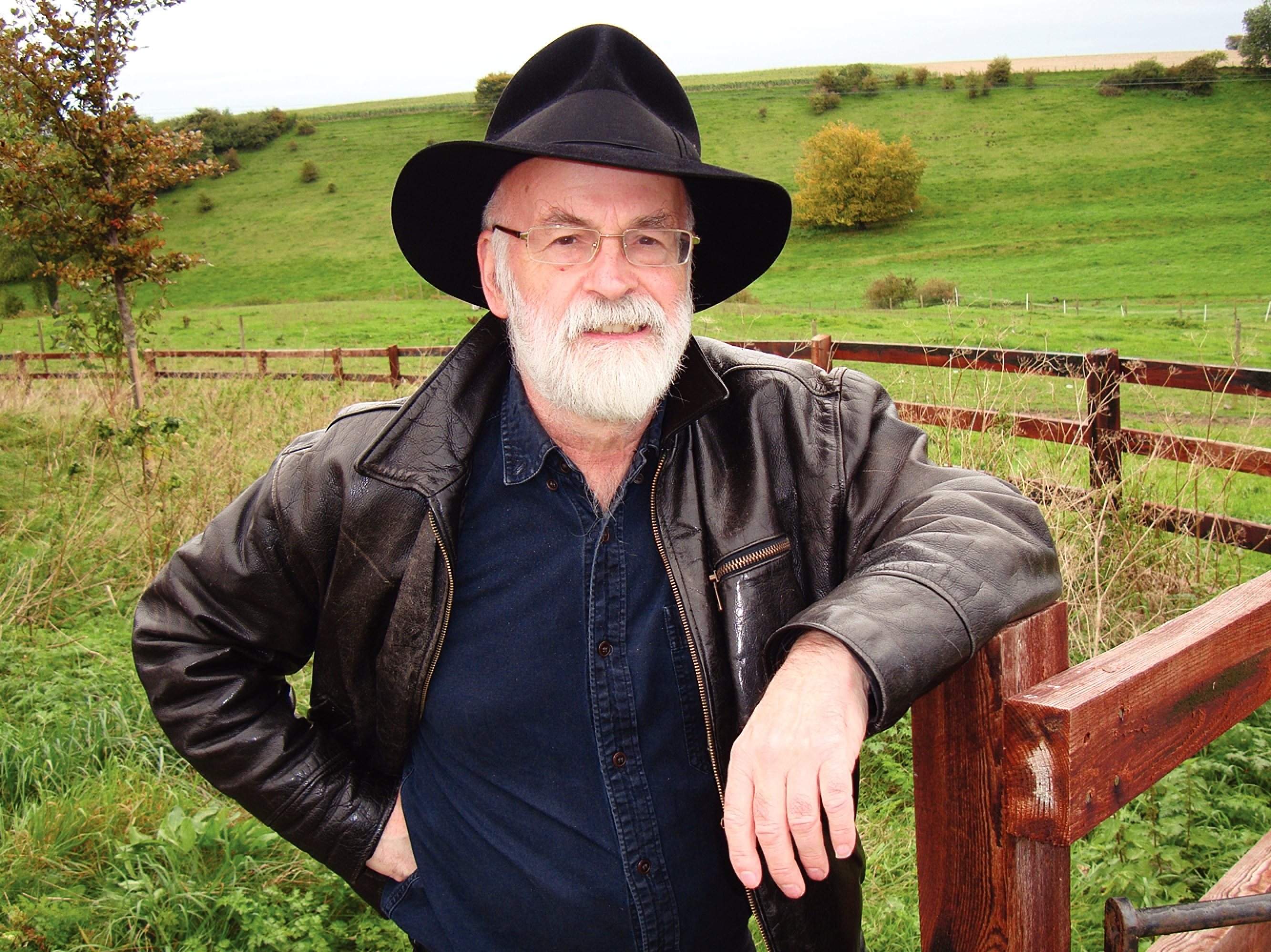 With Fading Memory, Terry Pratchett Revisits 'Carpet People'