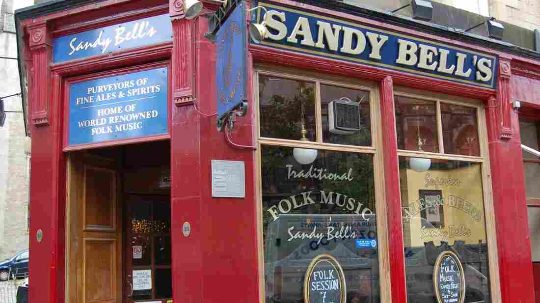 Edinburgh's famous folk bar, Sandy Bell's.