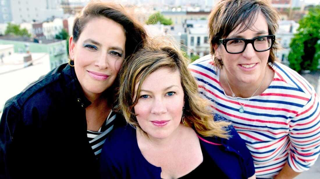 Luscious Jackson Is Ready For Its 'Magic Hour'