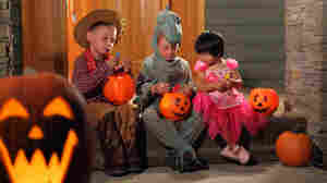 Attention, Neighborhood Children! A Halloween Invitation