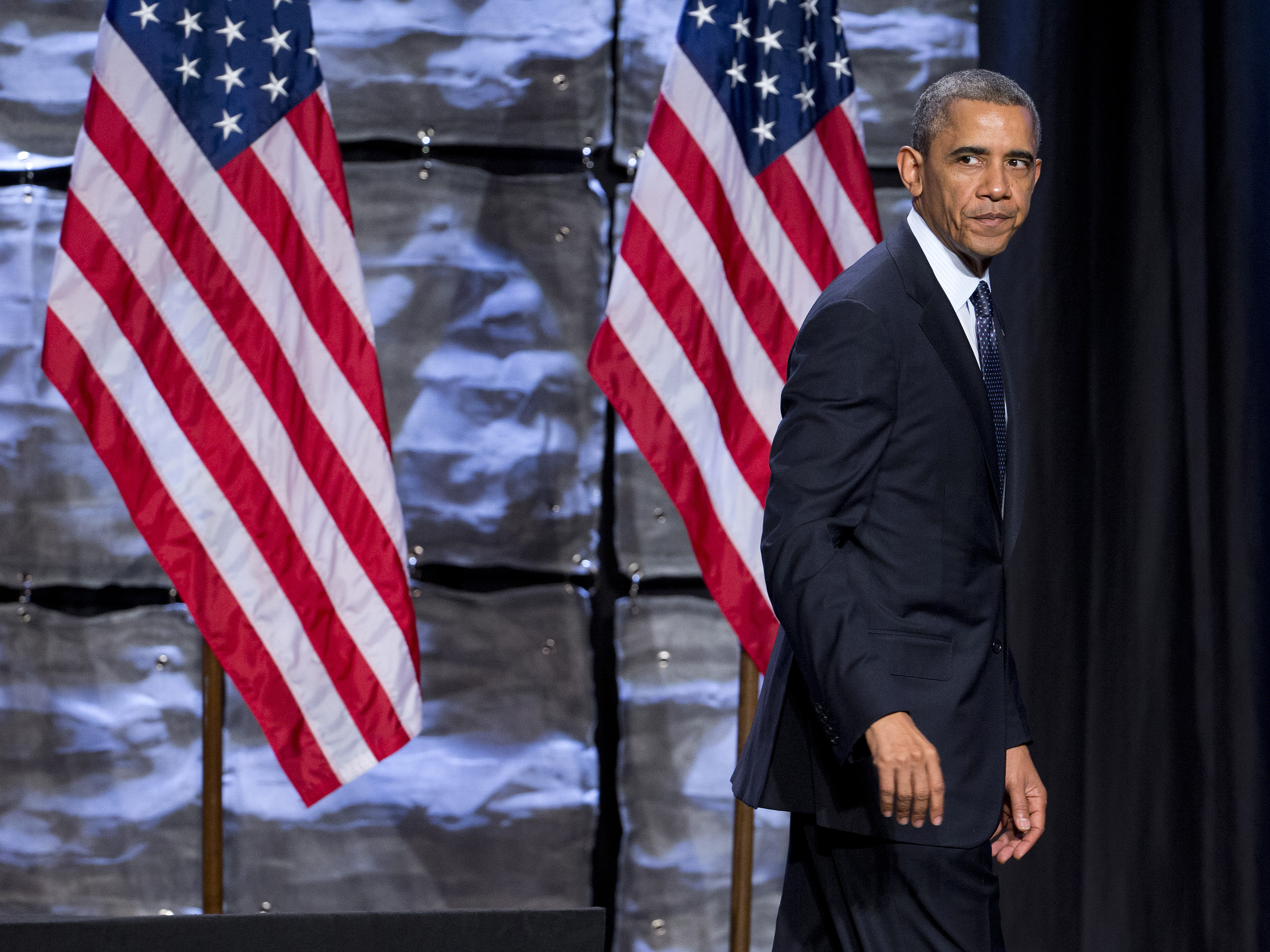 Obama Ratings Sink As Trustworthiness Comes Into Question