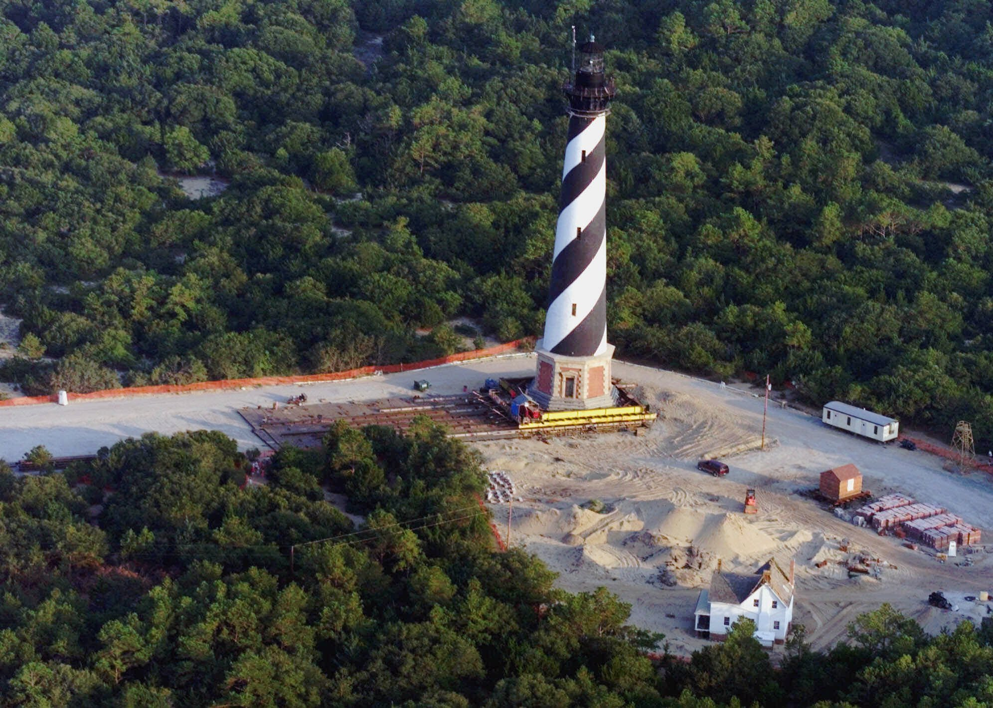 cape hatteras single men Down by the cape hatteras national seashore, there's reportedly more than seashells and gulls according to a federal indictment, an ocracoke man is accused of adding to the local greenery.