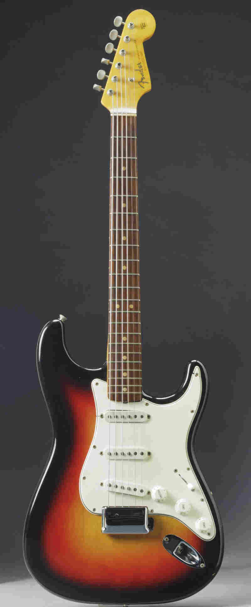 """The Fender Stratocaster that's going on sale next month and may fetch $500,000 because experts say it was played by Bob Dylan when he """"went electric"""" at the 1965 Newport Folk Festival."""
