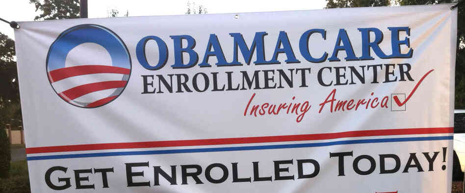 """Obamacare Enrollment Teams"" give presentations on health insurance options and the Affordable Care Act, but are not actually affiliated with t"