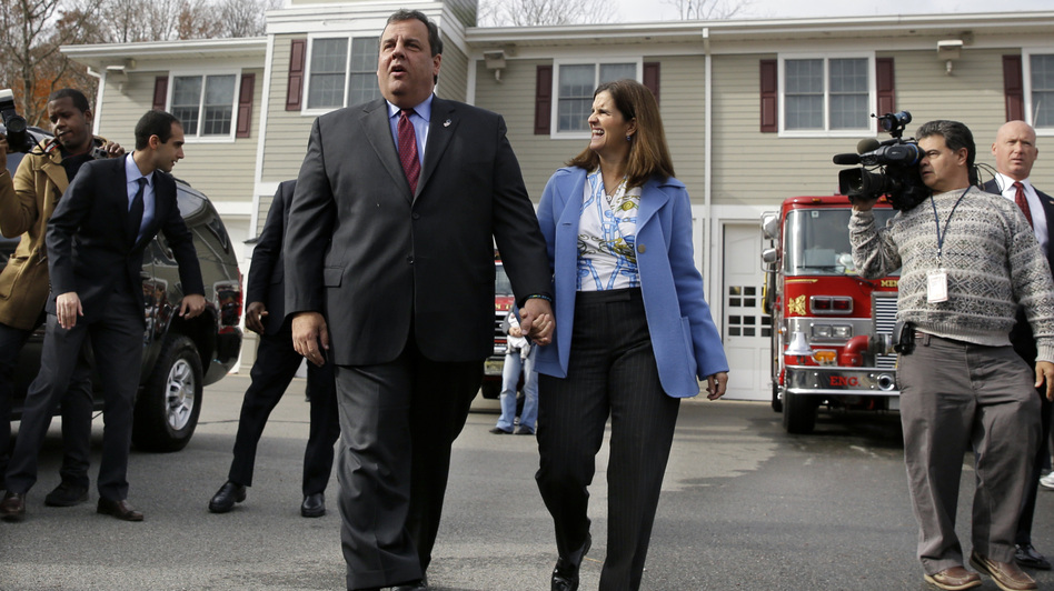 Republican New Jersey Gov. Chris Christie with wife, Mary Pat Christie, after they voted. (AP)
