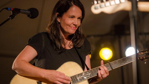 Lori McKenna performs live on Mountain Stage.