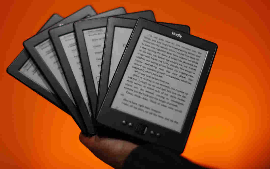 """One bookseller says of the new Amazon Source program to sell Kindle e-readers: """"That's not cooperation. That's being complicit in your execution.&quo"""