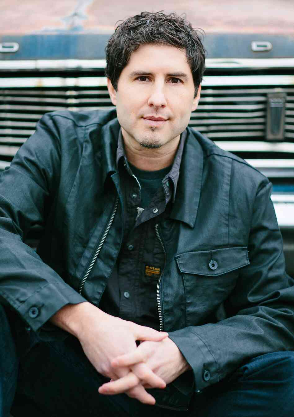Matt de la Peña is the author of Ball Don't Lie, Mexican WhiteBoy, We Were Here, I Will Save You and, most recently, The Living.