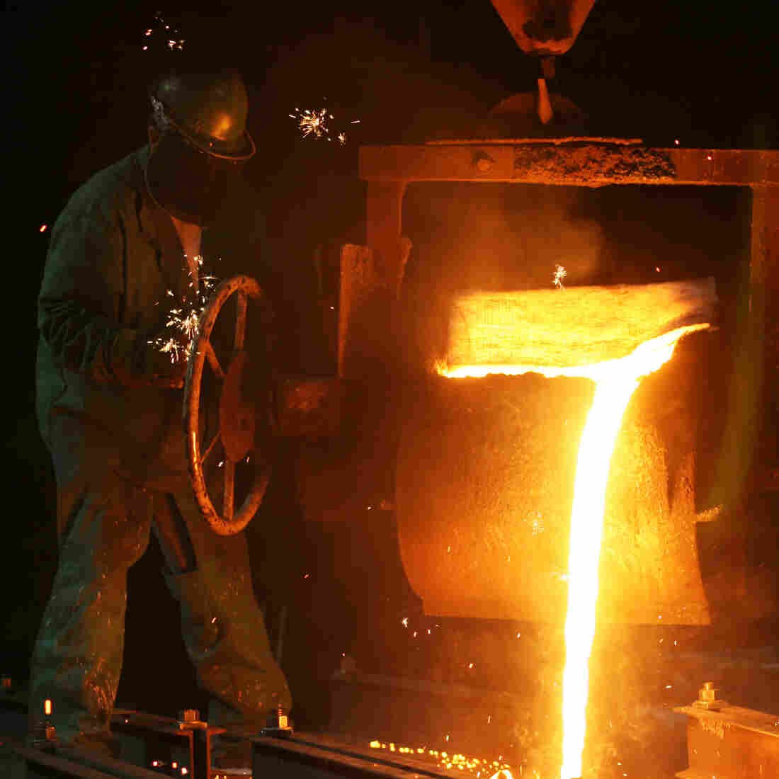 In The Heat Of The Foundry, Steinway Piano 'Hearts' Are Made