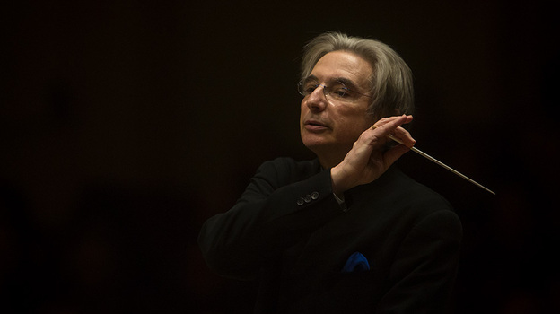 The elegant conductor Michael Tilson Thomas leading the San Francisco Symphony in a live performance from Carnegie Hall on November 13, 2013. (Eric Thayer for NPR)