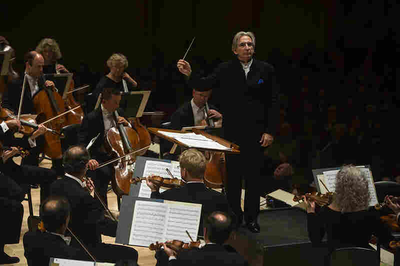 """The San Franciscans ended the evening with a much-appreciated encore: Copland's ever-popular """"Hoe-Down,"""" from his ballet Rodeo."""