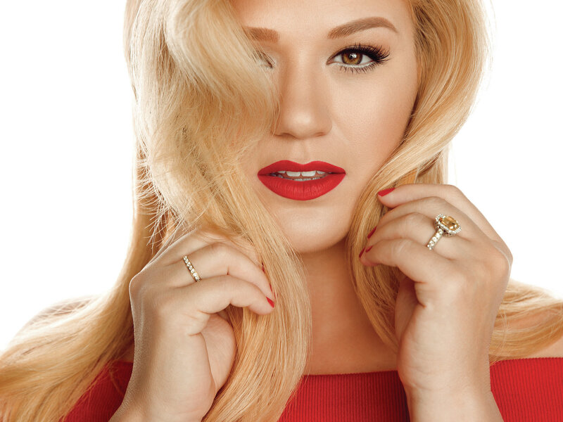 Review: Kelly Clarkson, \'Wrapped In Red\'; Nick Lowe, \'Quality Street ...