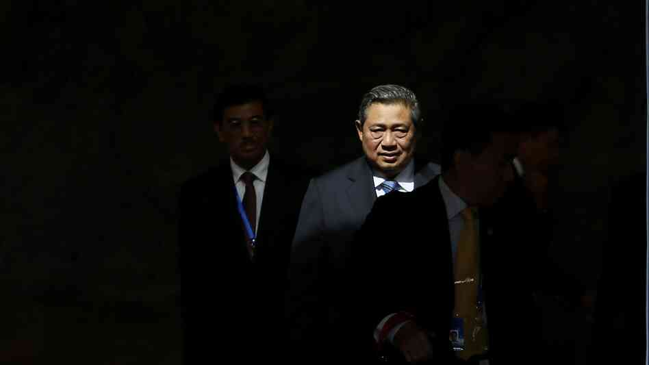 News reports say Australia's security services tried to spy on Indonesian President Susilo Bambang Yudhoyono.