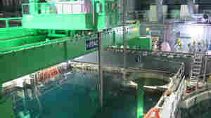 First Fuel Rods Plucked From Tsunami-Damaged Fukushima Plant