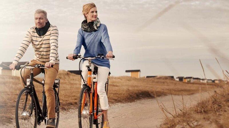 60962b2b83e Too Cool For (Bike) Helmet Head  Here s One Swedish Solution ...