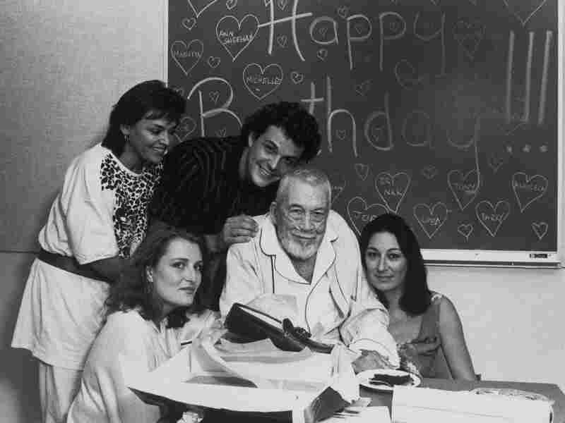 Zoe Sallis (clockwise from upper left), Danny Huston, John Huston, Anjelica Huston and Allegra Huston celebrate John's 81st birthday on Aug. 6, 1987.