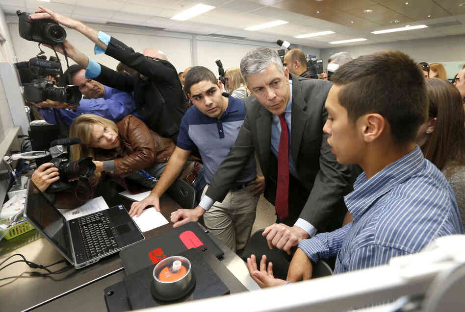 Education Secretary Arne Duncan tours a Wheeling, Ill., high school nanotechnology lab on Oct. 24.