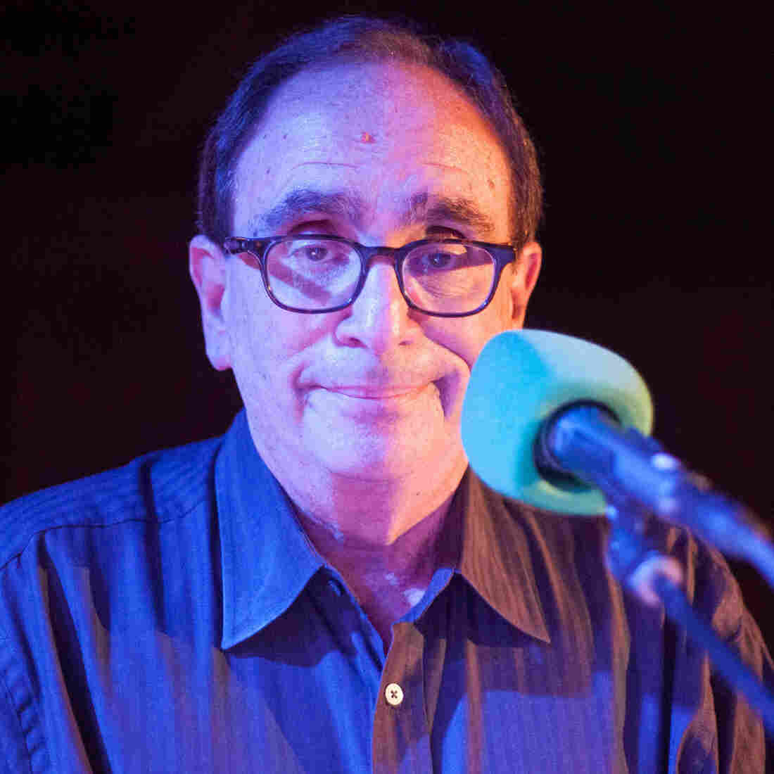 Random Questions With: R.L. Stine