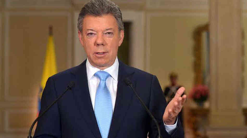 Colombian President Juan Manuel Santos announcing his decision to seek re-election in Bogota, Colombia, on Wednesday.