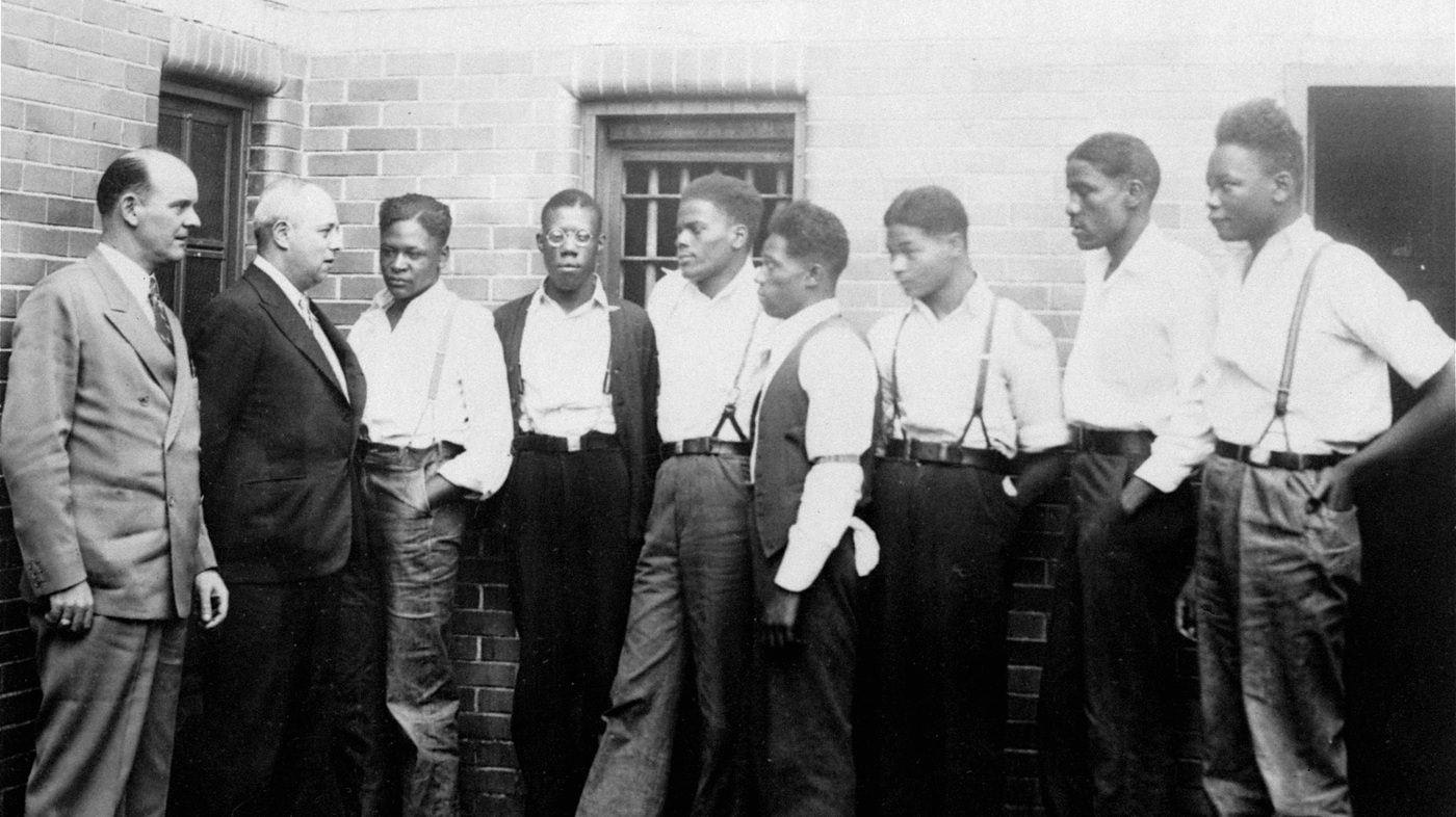 a background of the infamous trial of the scottsboro boys in america Any input or suggestion on how to meaningfully extend my paper on the scottsboro trials would why were the scottsboro boys the background story.