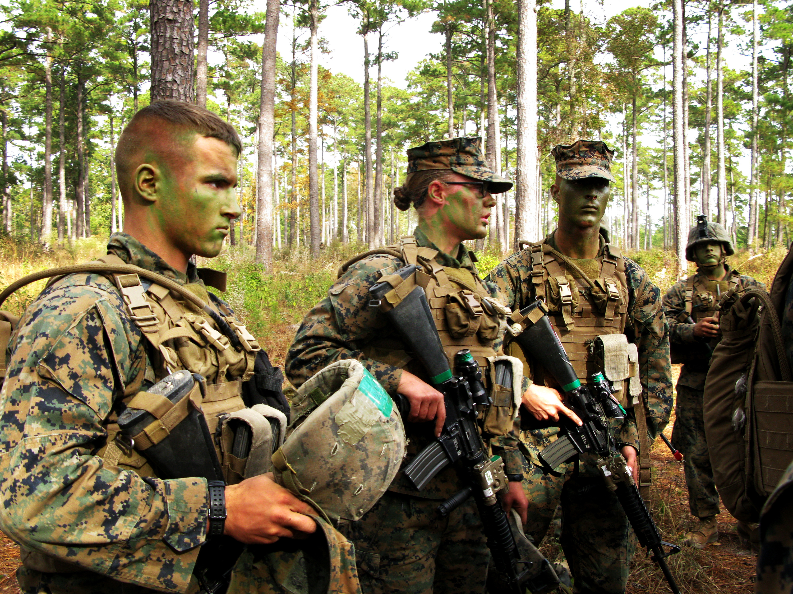 Women Pass Marine Training Clear First Hurdle To Combat