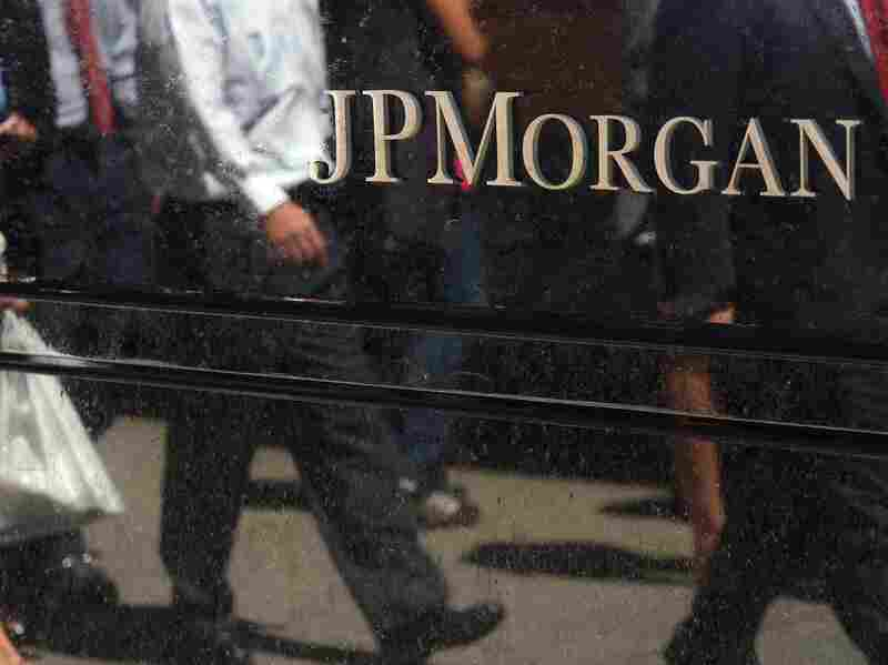 The U.S. government says JPMorgan Chase & Co. knowingly sold faulty mortgage-backed securities in the years leading up to the financial crisis. The bank says it's broken no laws.