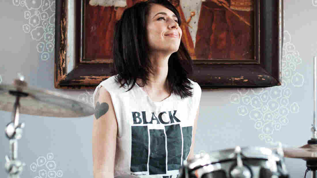 Musician and riot grrrl Kathleen Hanna — formerly of Bikini Kill and Le Tigre, now with The Julie Ruin — is the fascinating central figure in the biographical documentary The Punk Singer.