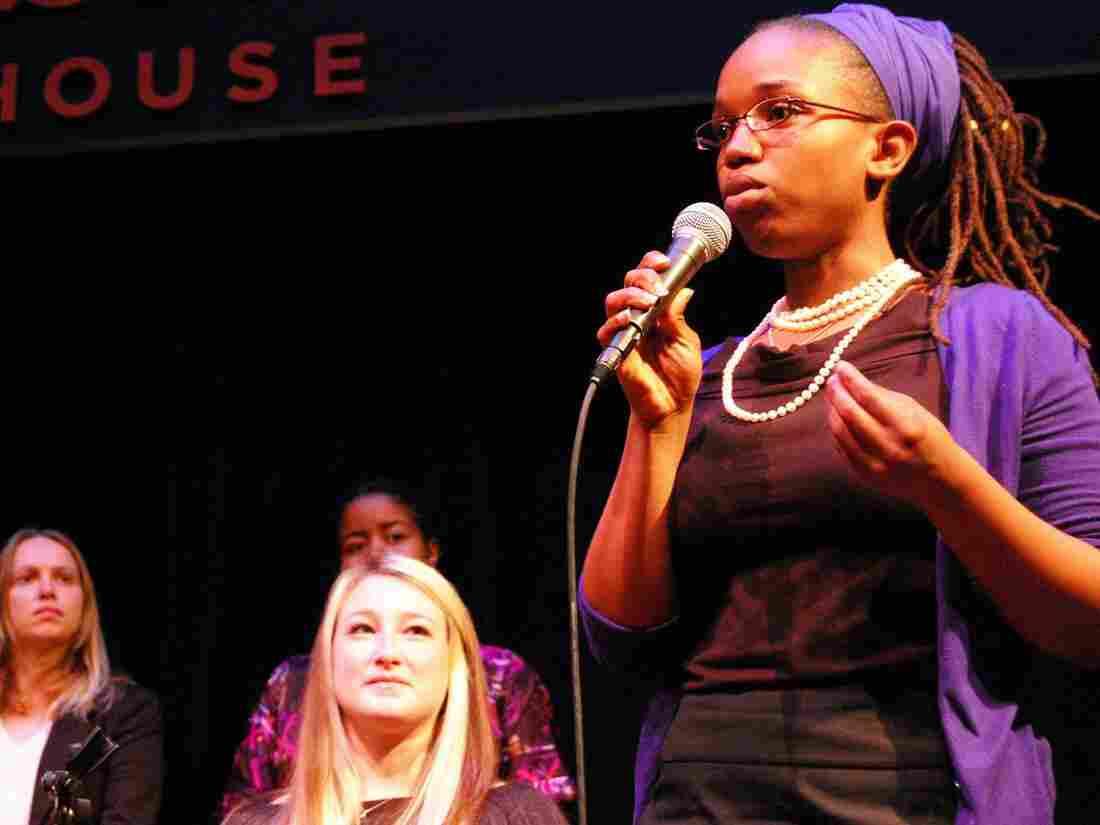 Pitch Mixer founder Ayori Selassie speaks at an entrepreneur forum.