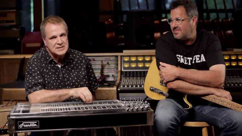 Paul Franklin (left) and Vince Gill.